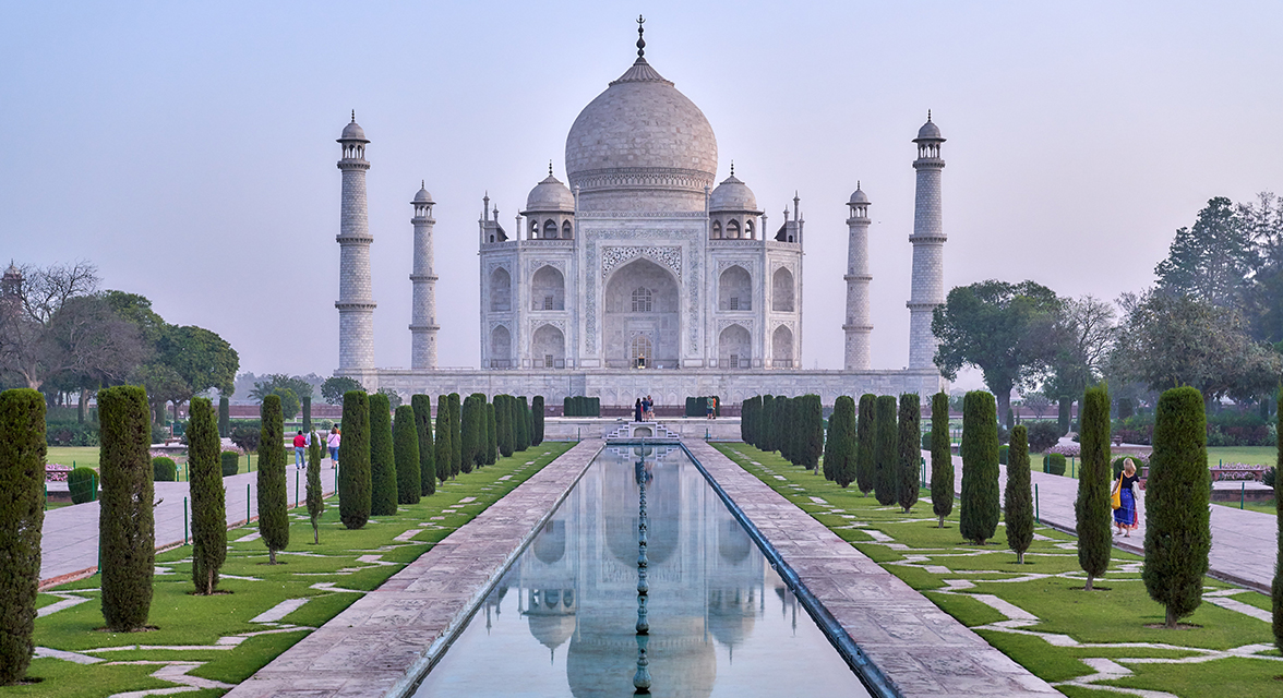 The Taj Mahal and neighboring garden during the day time