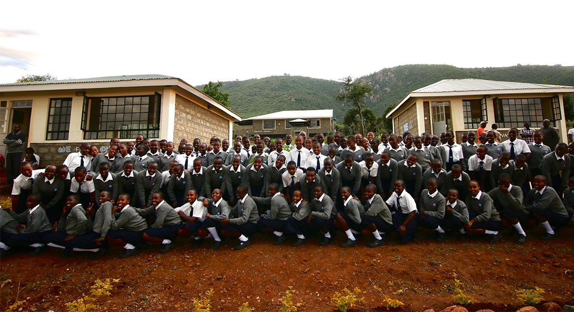 Students in front of Kisaruni Secondary School
