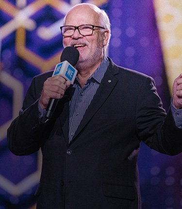 we-day-peter-mansbridge-banner1-mobile-2019-09-04.jpg
