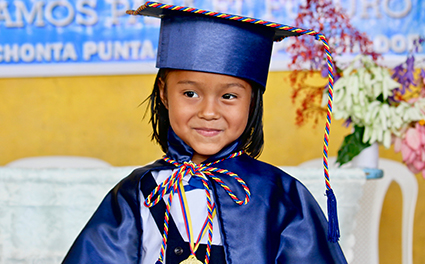 Young graduate from Ecuador
